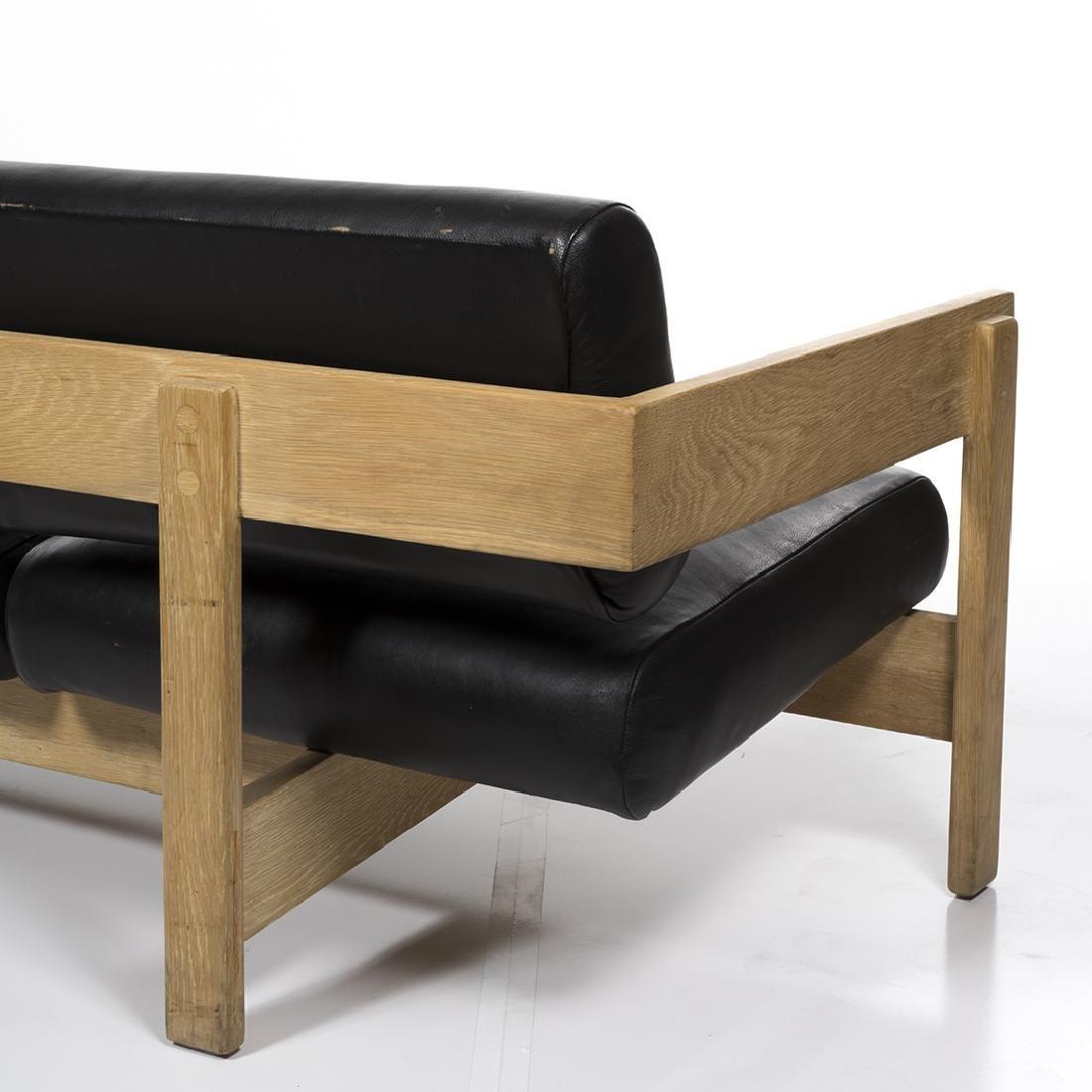 Metropolitan Sofa - 4