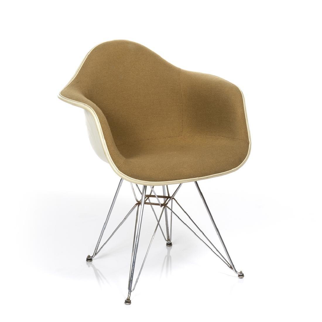 Charles Eames Arm Shell Chair - 2