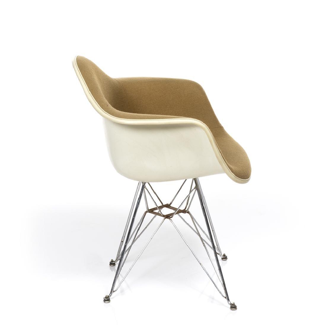 Charles Eames Arm Shell Chair - 4