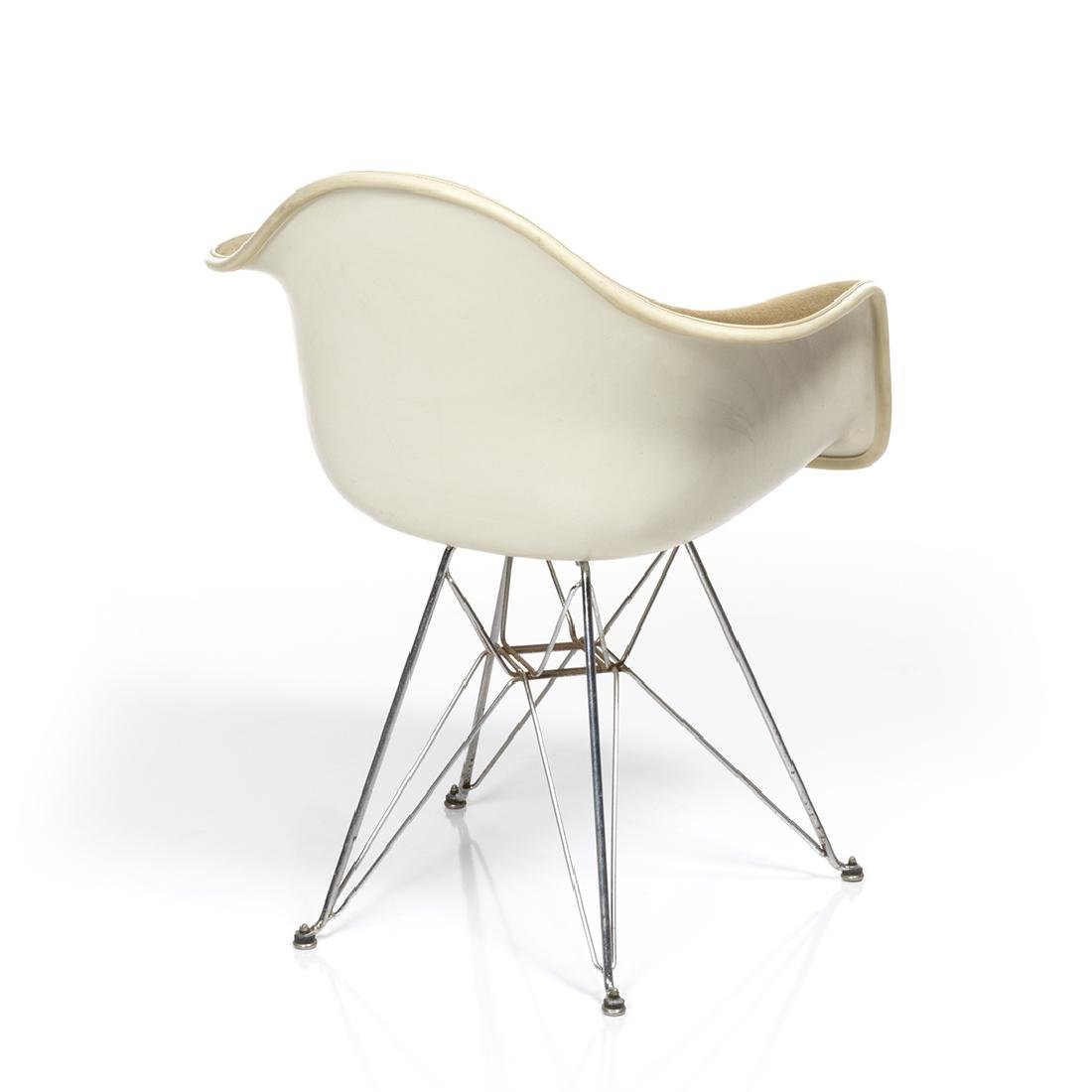 Charles Eames Arm Shell Chair - 5