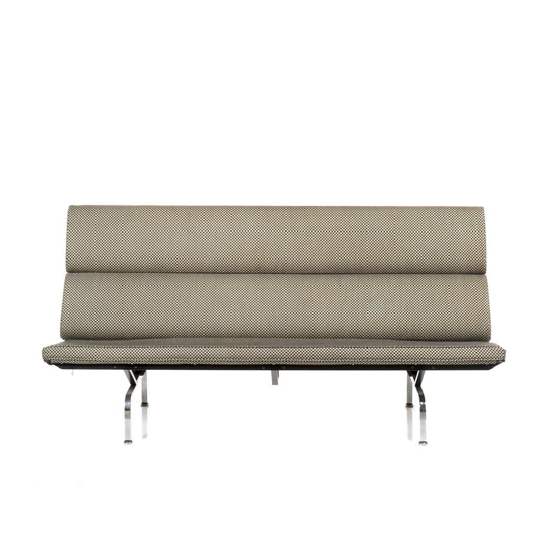 Charles and Ray Eames Compact Sofa - 2