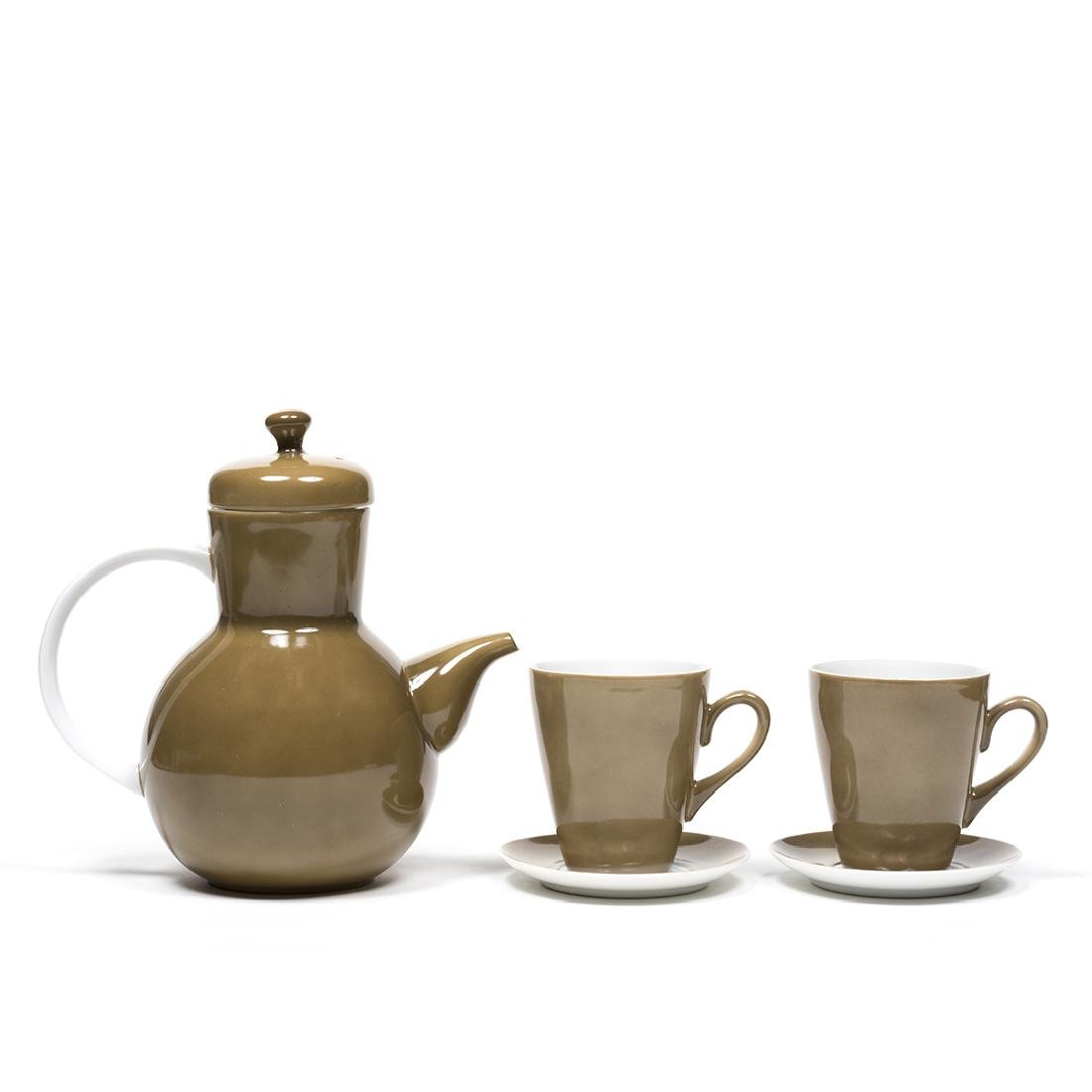 Lagardo Tackett Teapot with Cups and Saucers - 2