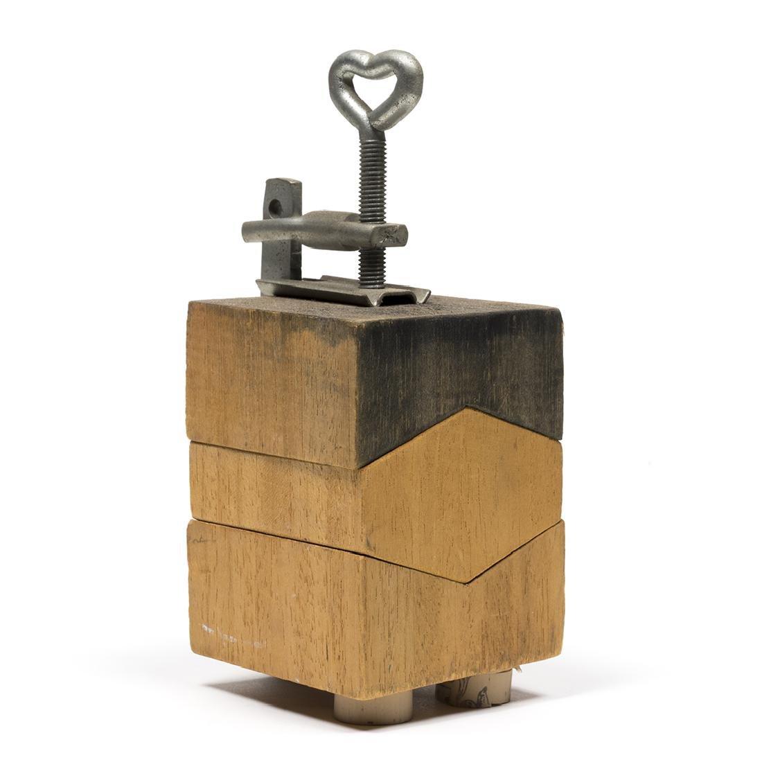 Ugo Nespolo Sculpture - 3