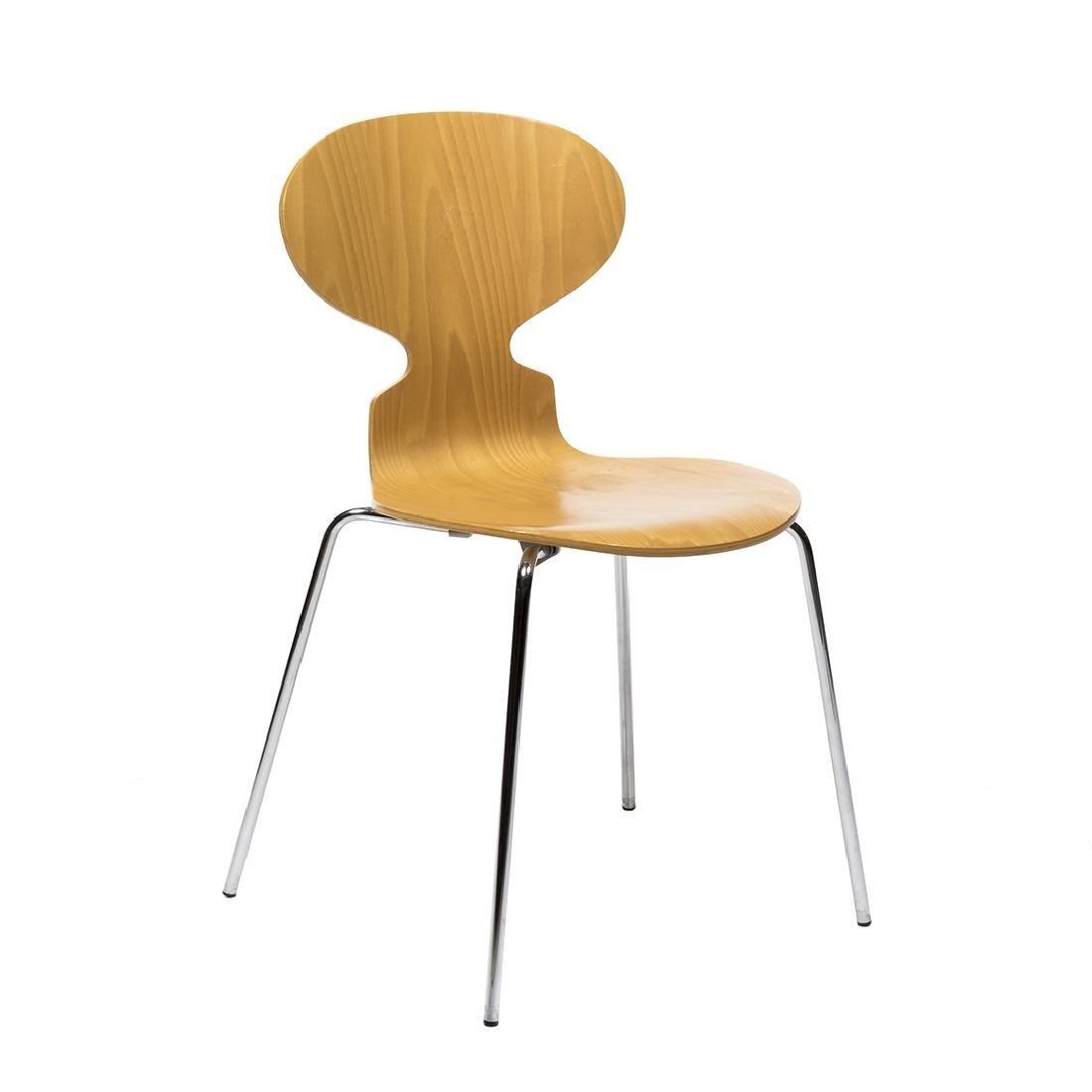 Arne Jacobsen Series 7 Chair - 2
