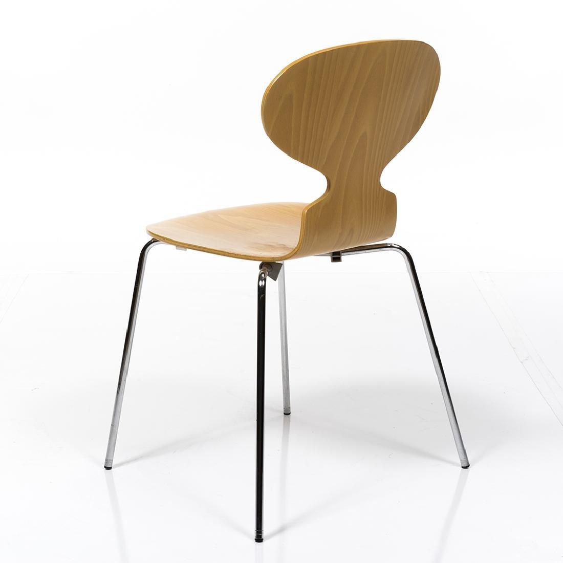 Arne Jacobsen Series 7 Chair - 3