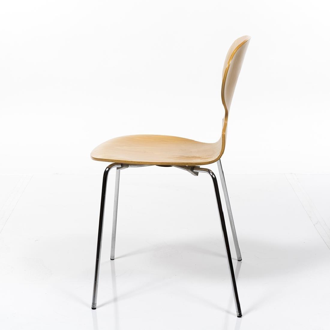 Arne Jacobsen Series 7 Chair - 4