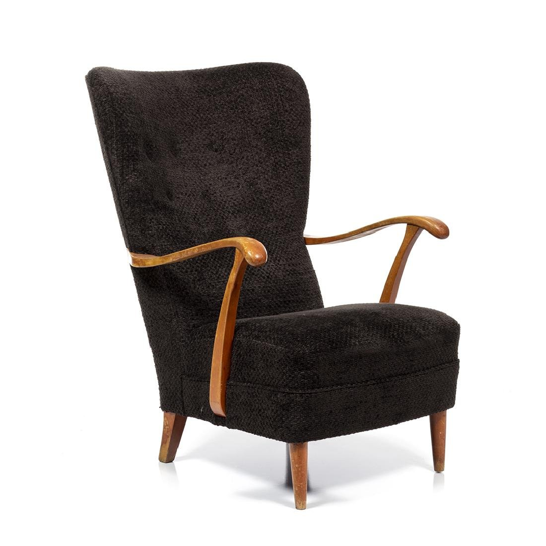 Dux Wingback Lounge Chair