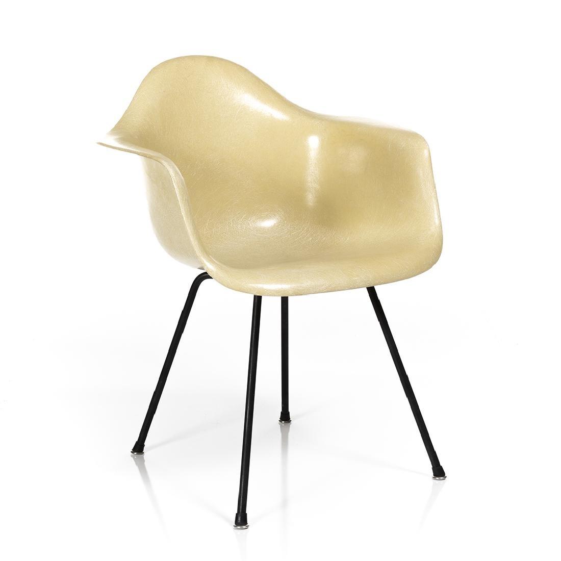 Charles Eames Shell Armchair