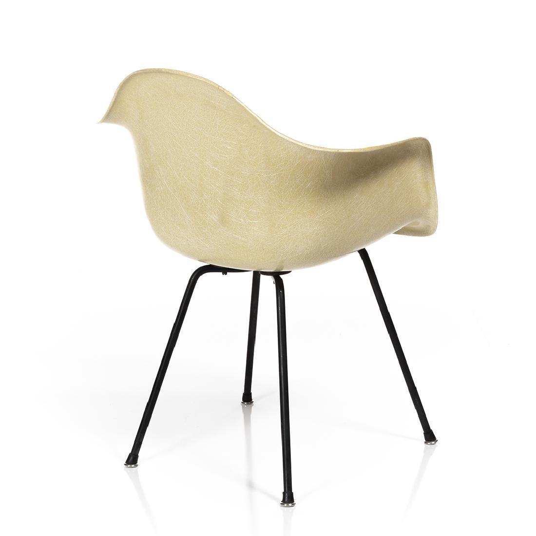 Charles Eames Shell Armchair - 5