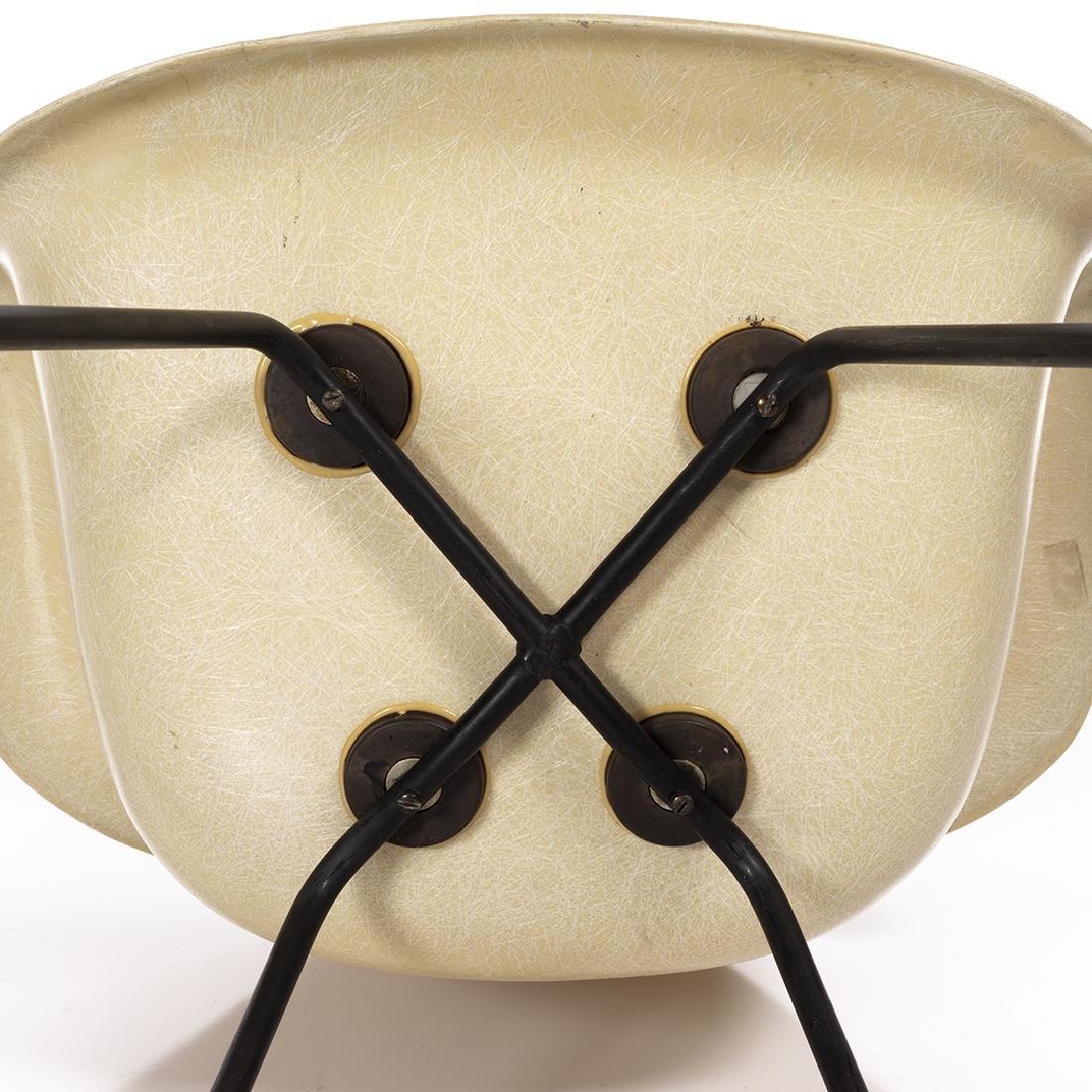 Charles Eames Shell Armchair - 7