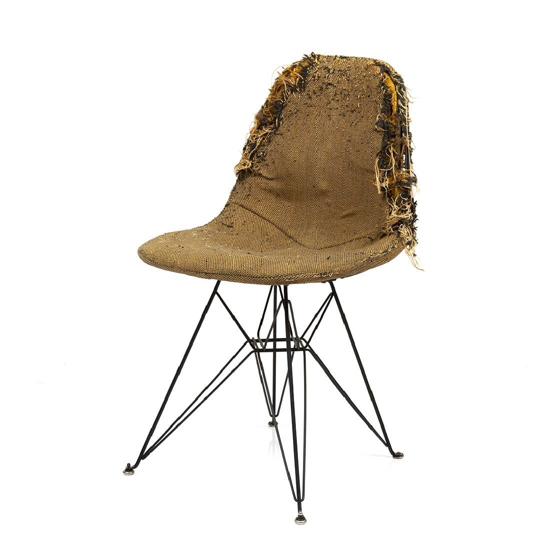 Charles Eames Sideshell Chair
