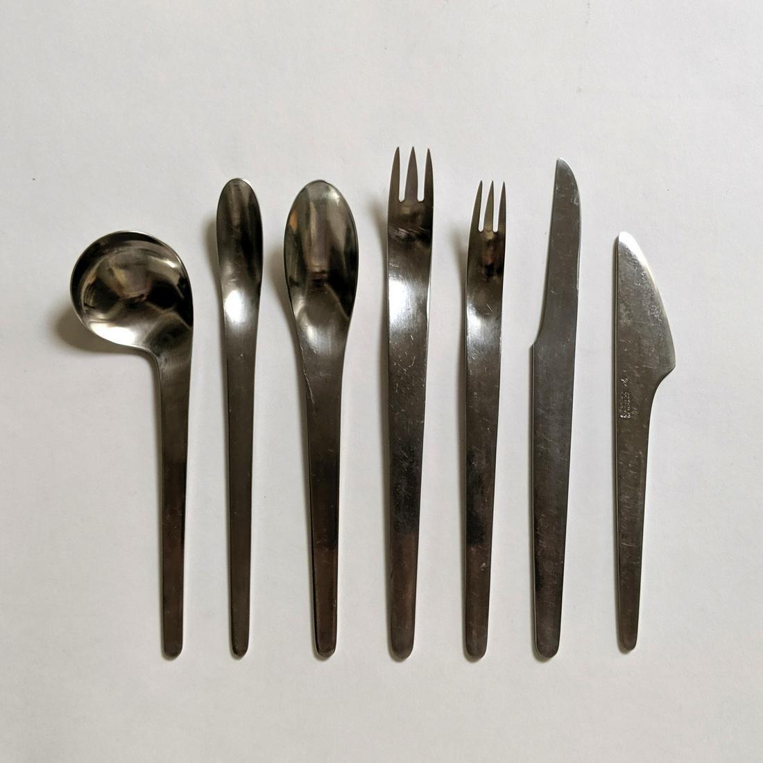 Arne Jacobsen AJ Flatware (28)
