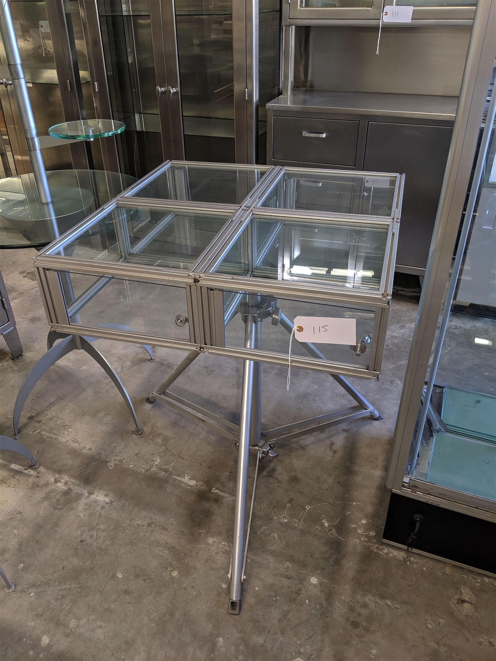 Free Standing Display Case