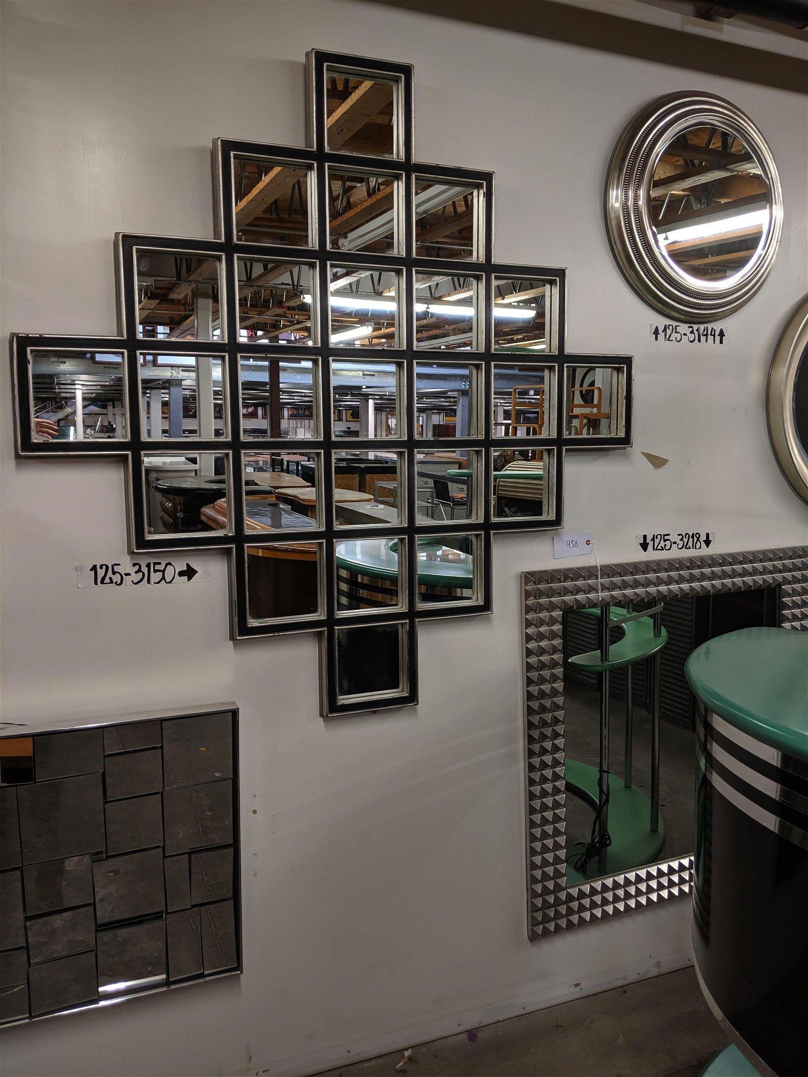 Geometric wall mirrors (2)