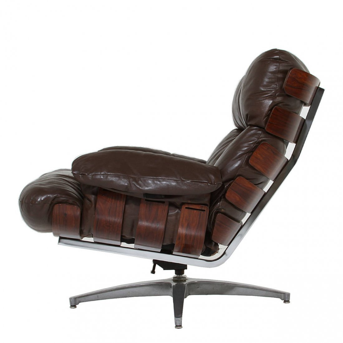 Directional rosewood and leather swivel chair - 3
