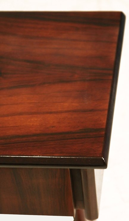 Petite rosewood side tables (2) - 6