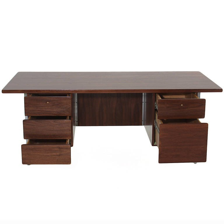 Florence Knoll walnut and chrome desk - 4