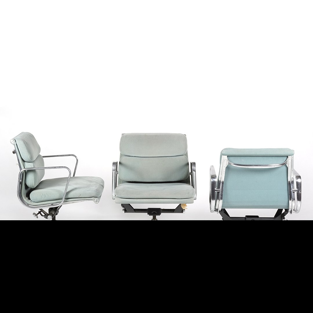 Charles Eames Aluminum Group desk chairs (3) - 2