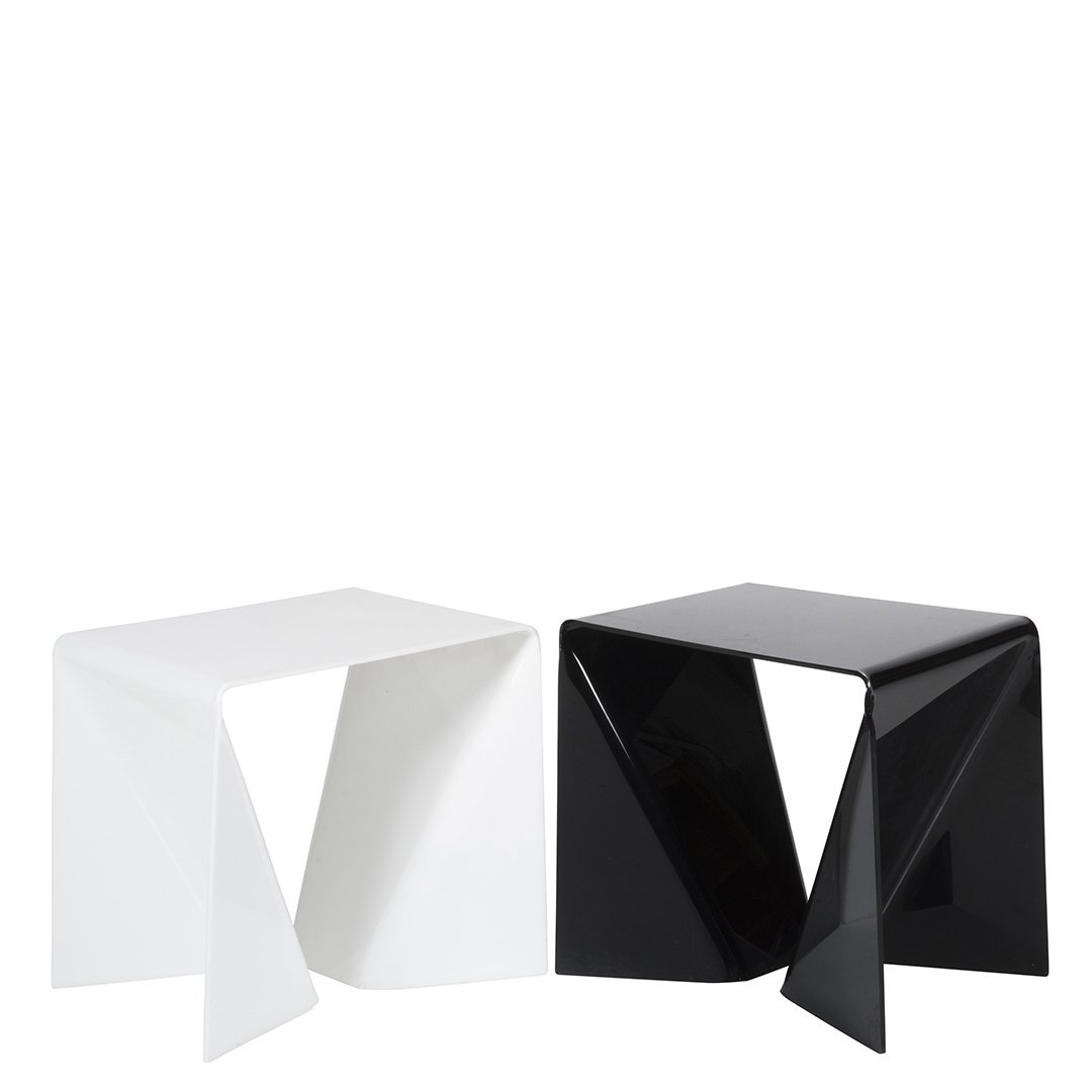 White and black acrylic tables