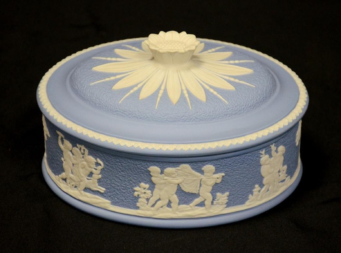 Wedgwood blue & white Jasper ladies paint box, complete - 5