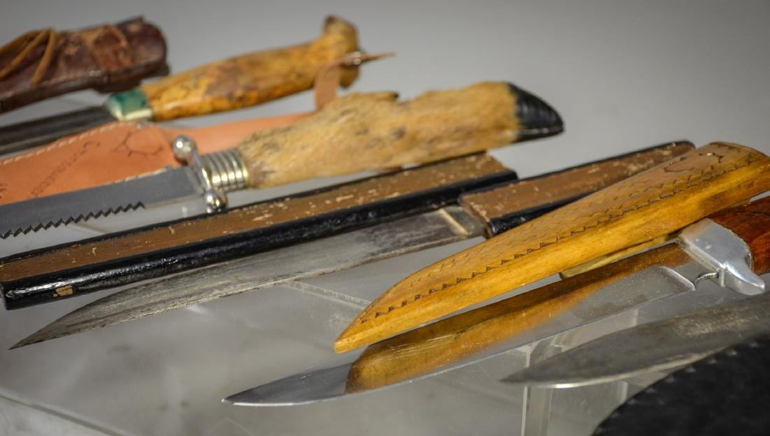 5 sheathed knives including 4 hunting knives, Japanese - 3
