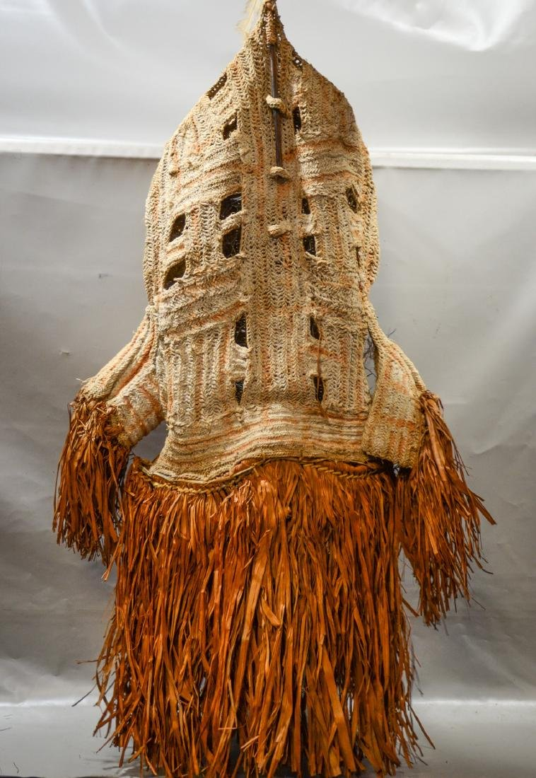 Papua New Guinea Det crocheted body mask, Smithsonian - 2
