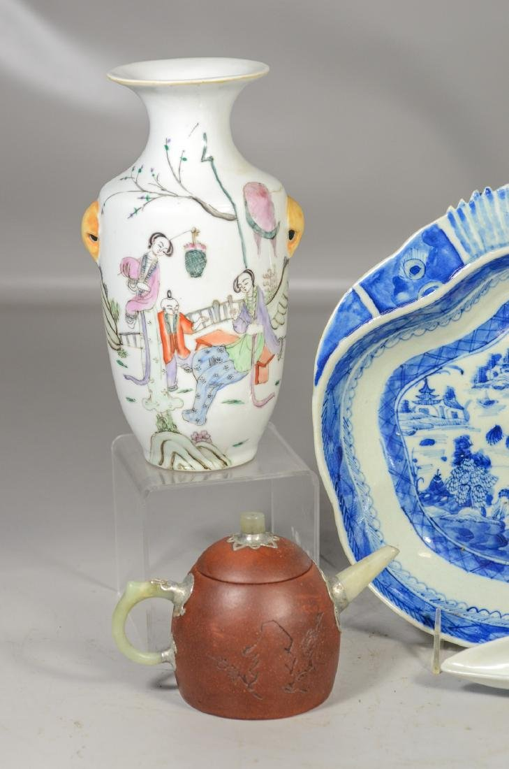 Five (5) pieces of Asian porcelain to include a pair of - 2