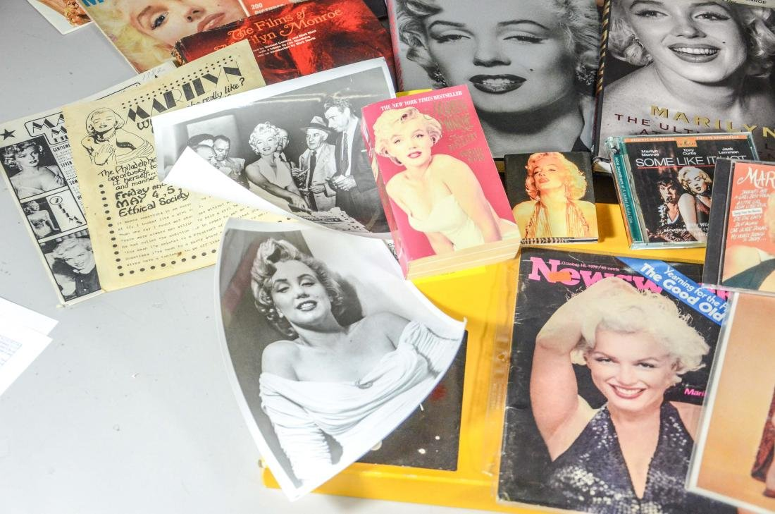 Marilyn Monroe memorabilia lot, including 2 DVDs, 6 - 2