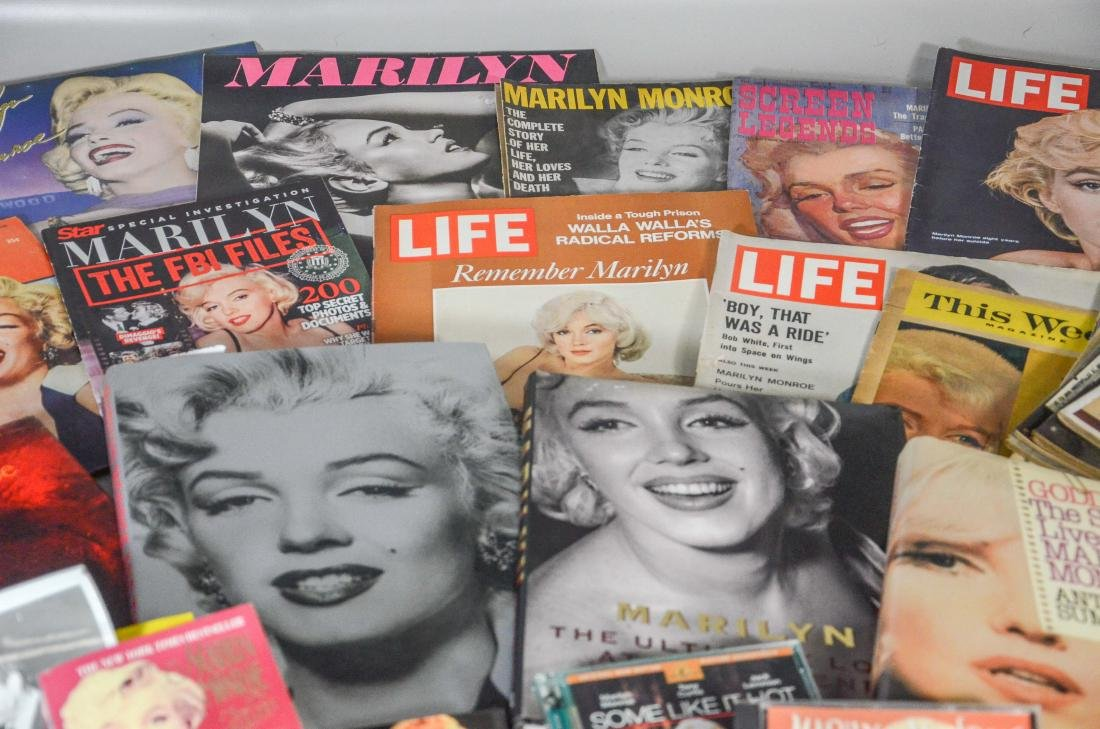 Marilyn Monroe memorabilia lot, including 2 DVDs, 6 - 6