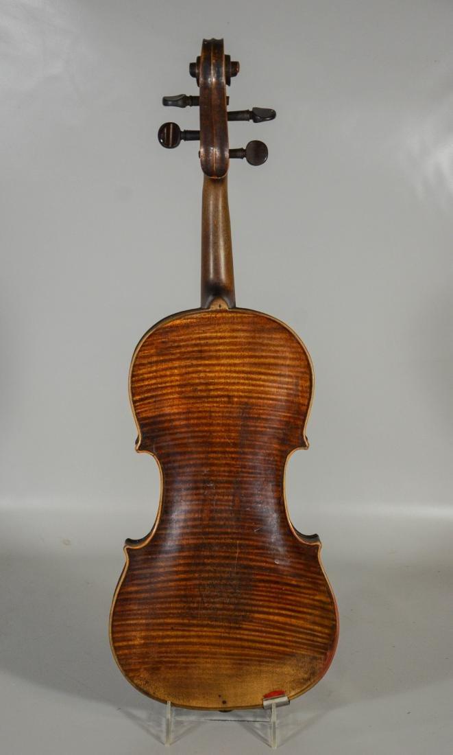 Unmarked violin, single piece figured maple back, - 5