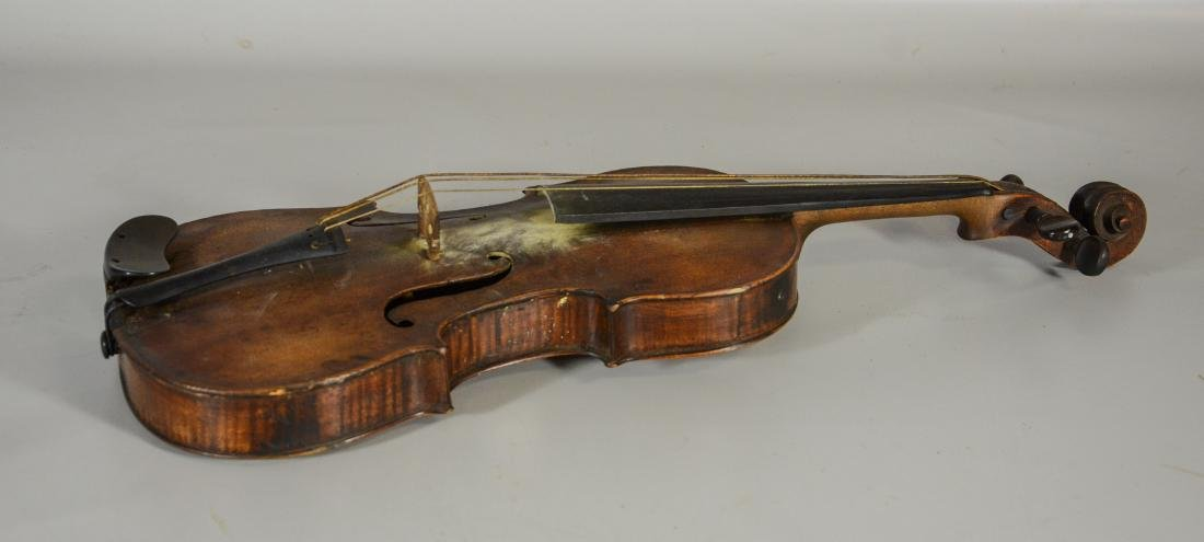 Unmarked violin, single piece figured maple back, - 6