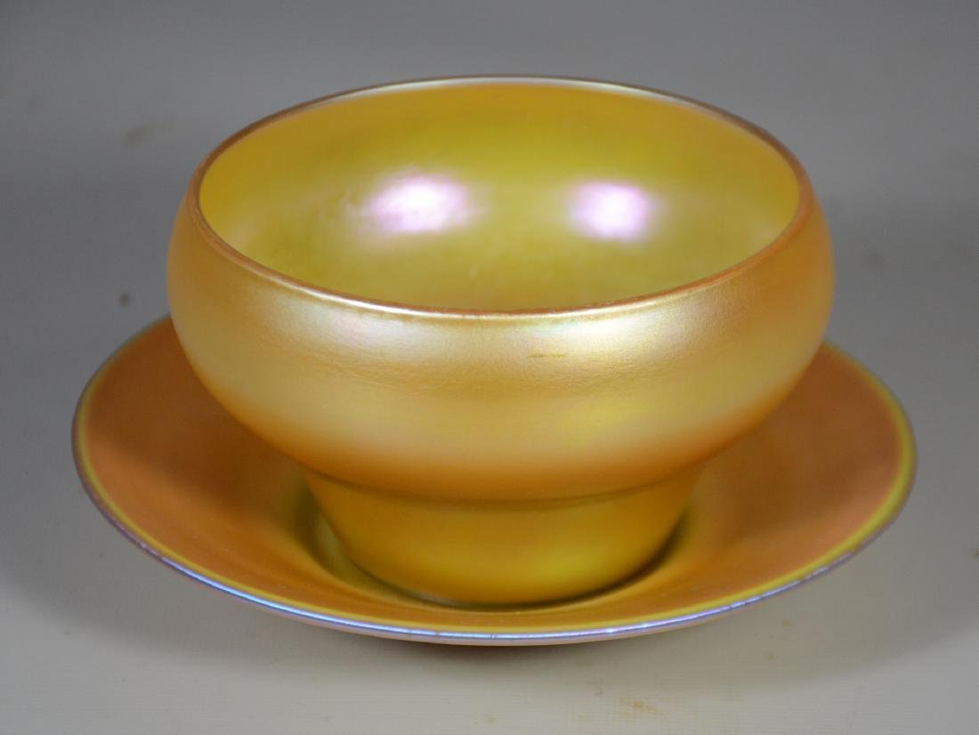 Quezal Gold Aurene Glass Bowl with Under Plate