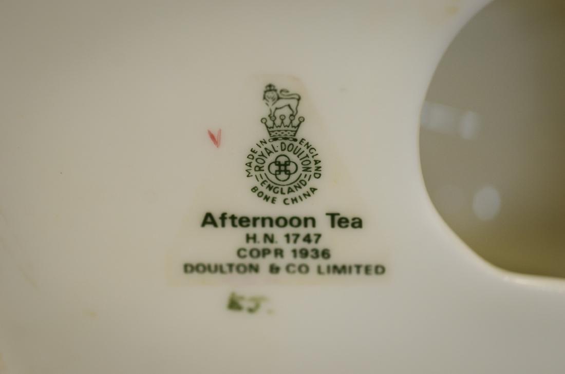 Royal Doulton Afternoon Tea Figurine - 4
