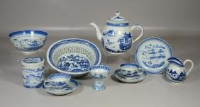 11 Pieces of Chinese Canton Porcelain