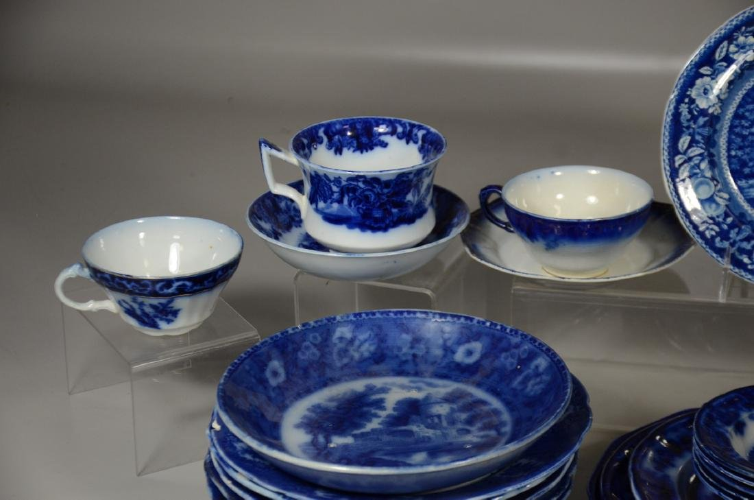 52 Pieces of English Blue and White Pottery - 5