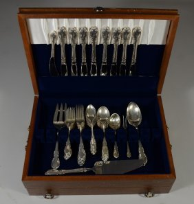 "50 Pieces Towle ""Legato"" Sterling Flatware, 61.745 TO"