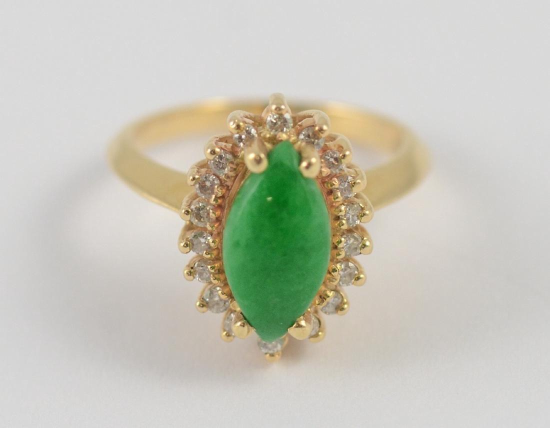 Yellow Gold diamond and jade ladies ring,  3.3 dwt