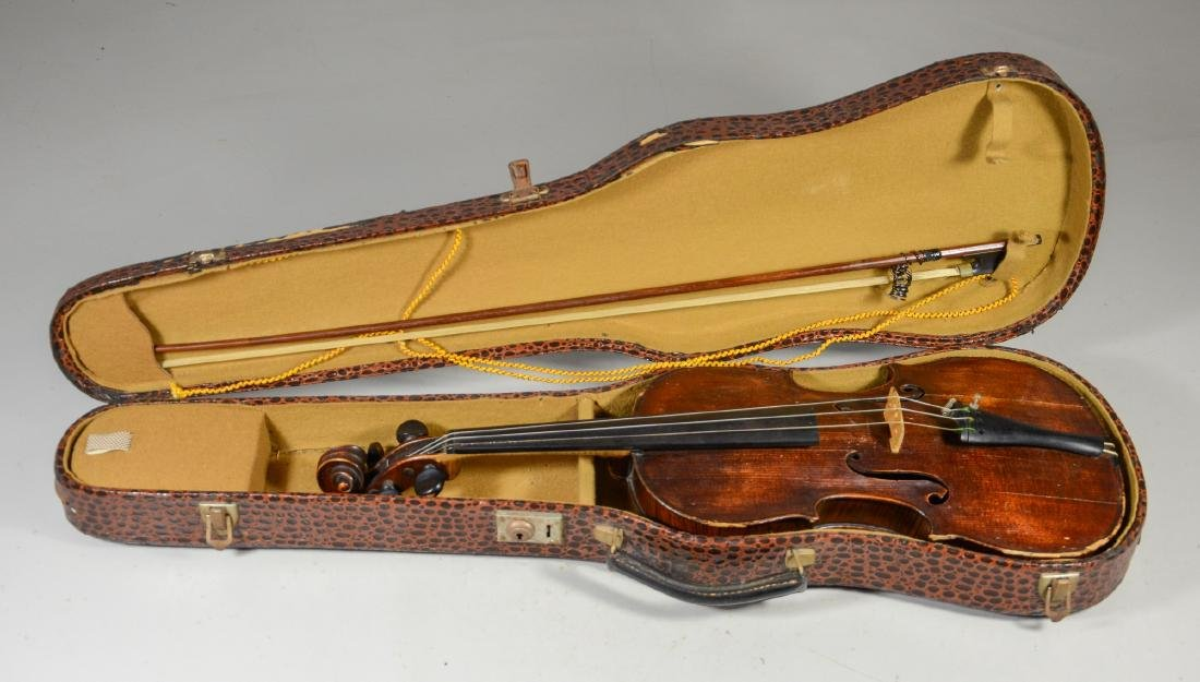 """4/4 size violin,  signature """"In urbe Cremona Remy"""""""