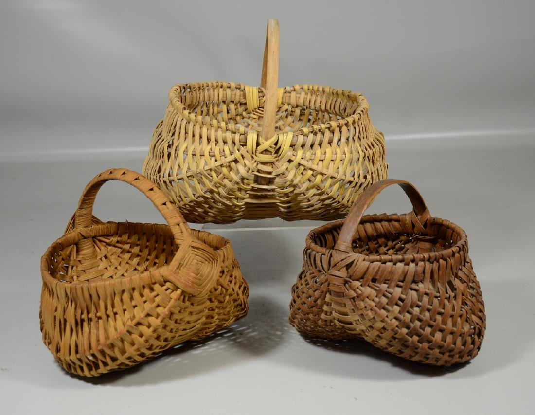 "(3) Woven buttocks baskets, largest 10"" w"