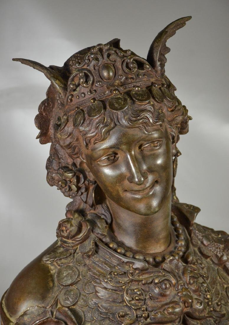 Patinated white metal French clock, bust of Fortuna - 2