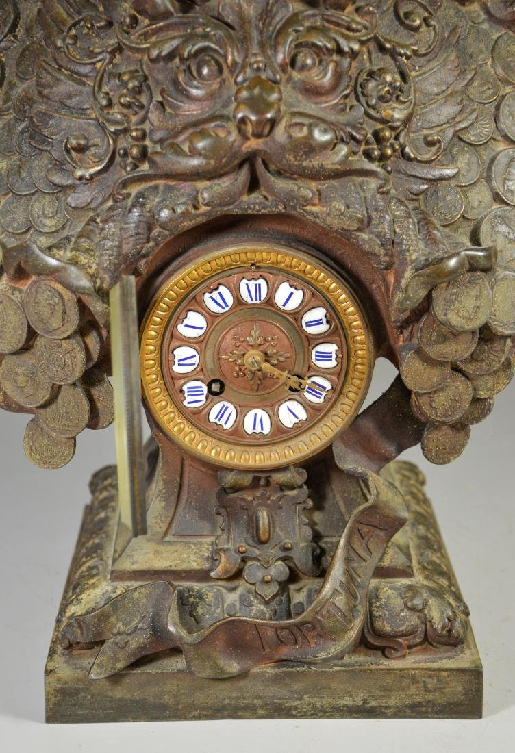 Patinated white metal French clock, bust of Fortuna - 3