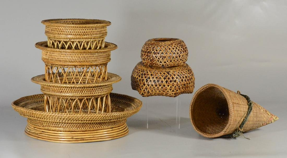 """(7) Various baskets, including nest of 3, largest 15"""""""