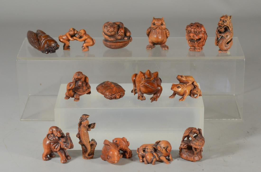 (15) Modern Japanese carved netsukes, turtles, frogs,