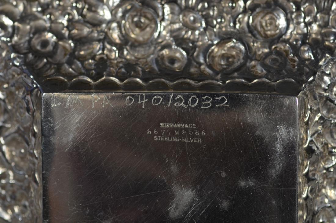 Pr Tiffany & Co sterling silver floral repousse bowls - 3