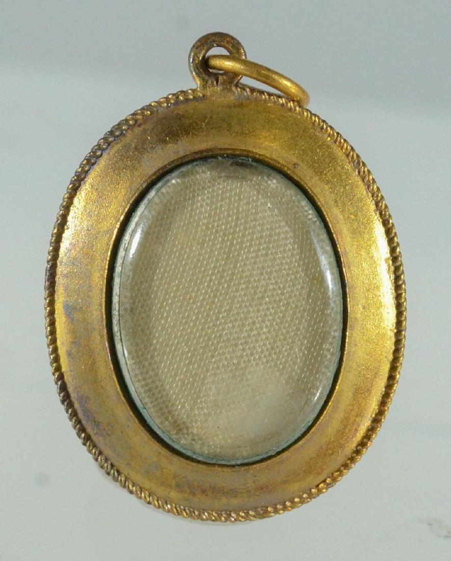 Oval YG malachite cabochon pin & Jade Victorian Pendant - 4