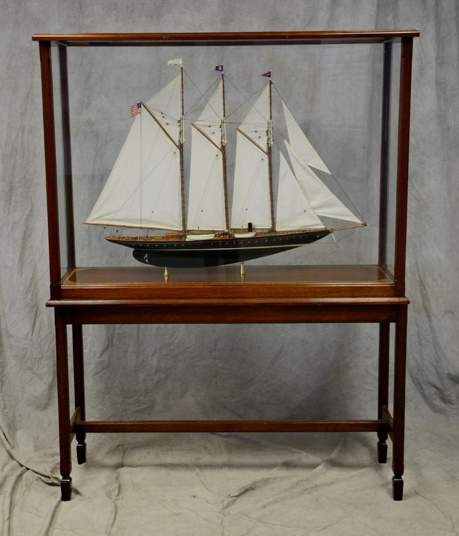 Clipper ship model, custom inlaid mahogany case - 7