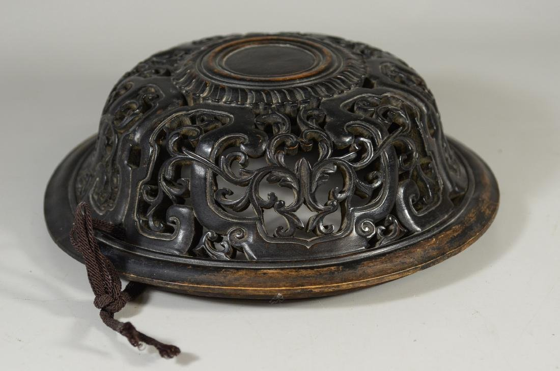 Early Chinese carved hardwood lid - 4