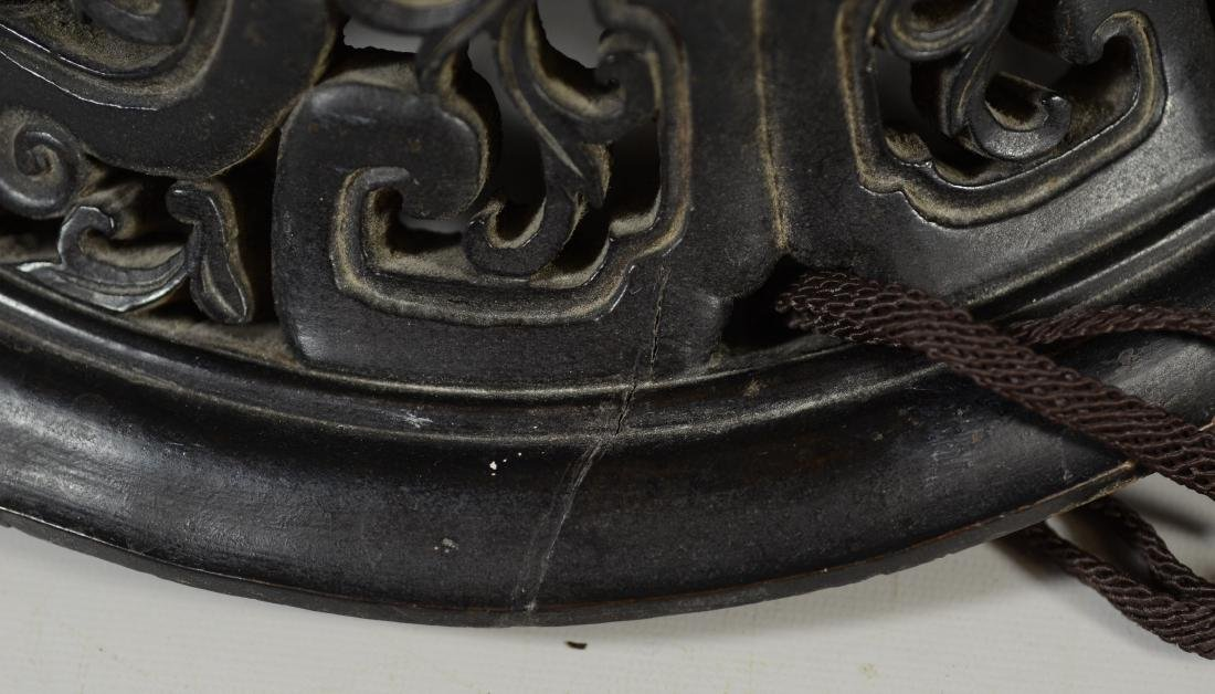 Early Chinese carved hardwood lid - 6