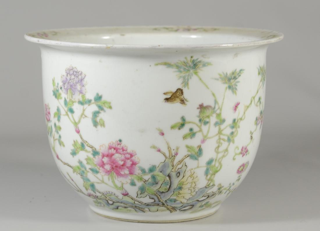 Famille Rose Chinese porcelain planter