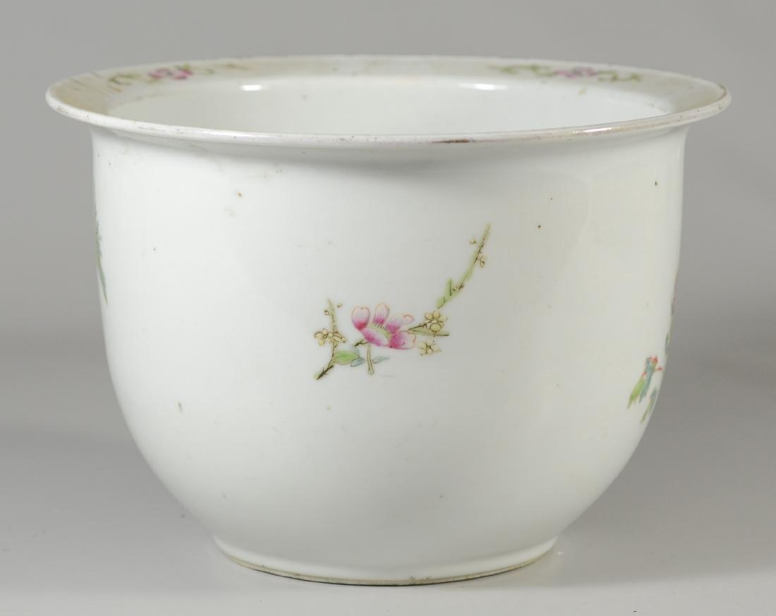 Famille Rose Chinese porcelain planter - 3